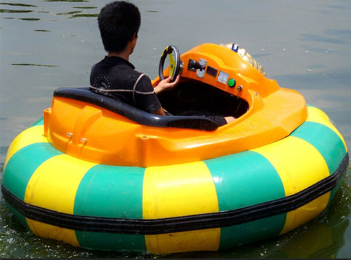 water inflatable bumper boats