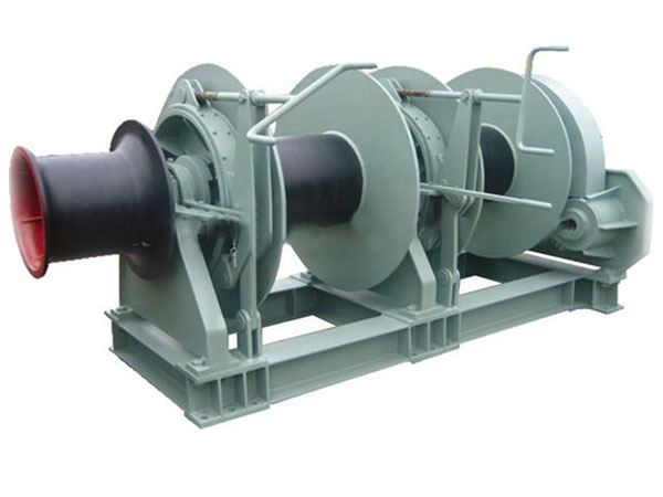 double drum winch for mooring the boat